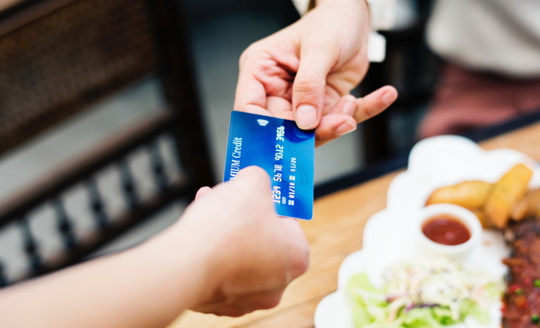 How Do RFID Contactless Payments Work?